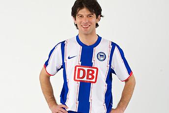 2010 Hertha Berlin Shirt Nike