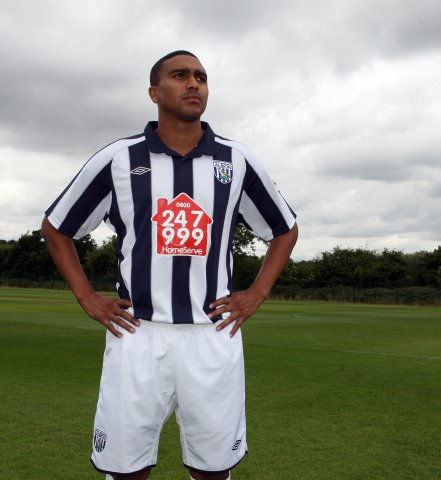 New West Brom 10-11 Home Kit