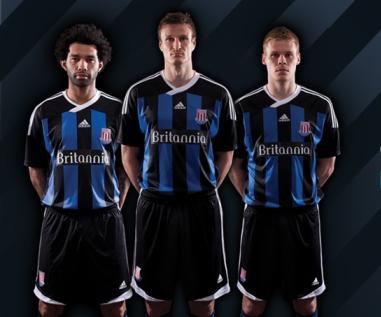 New-Stoke-Away-Kit-2011.jpg