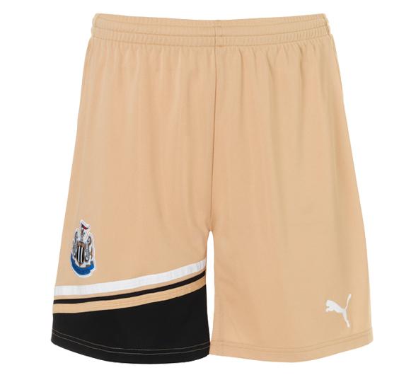 NUFC Goalkeeper Shorts 2011/2012