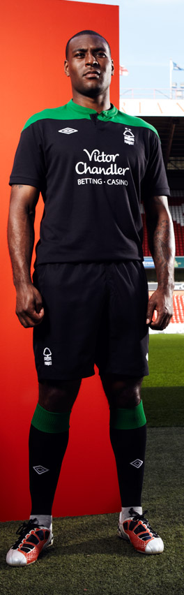New Nottingham Forest Away Strip 11-12 Black