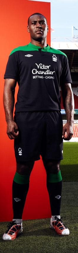 New Nottingham Forest Away Strip 11-12 Black