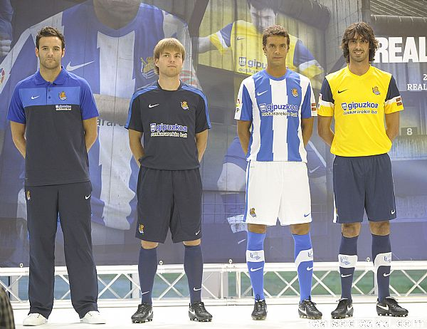New Real Sociedad Kit 11-12 Home Away Jersey