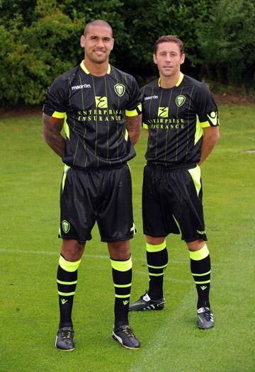 Black Leeds Kit Away Shirt 11-12