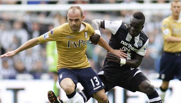 Gold Fulham Shirt 2011-2012
