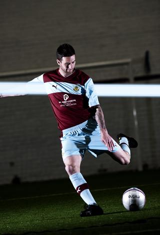 Burnley-New-Kit-2012.jpg