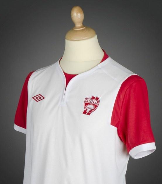 كرة قدم حصري : أزياء فرق الدوري الفرنسي لموسم 2012 - 2013 Maillot-AS-Nancy-201