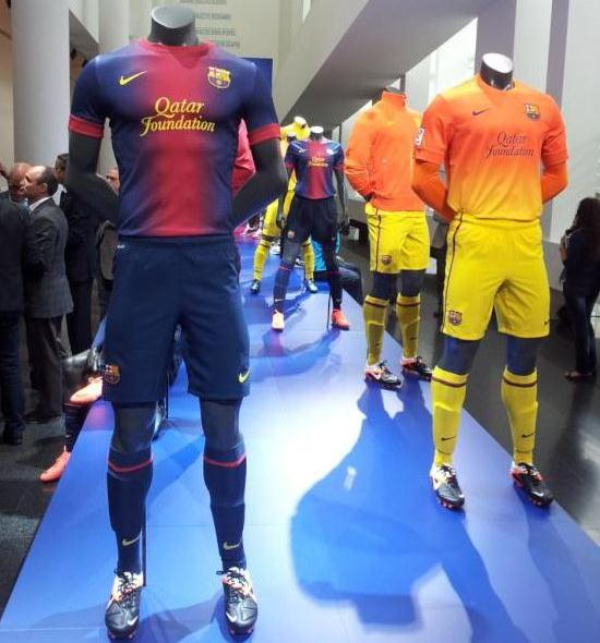 New Barcelona Top 2012-13
