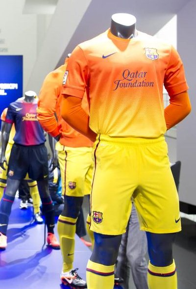 Orange Barcelona Kit 2012-2013
