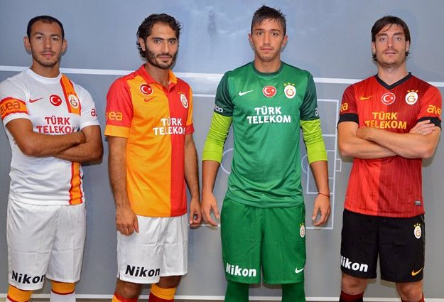 New Galatasaray Kits 2012 2013  Nike Gala Home   Away Jerseys 12 13