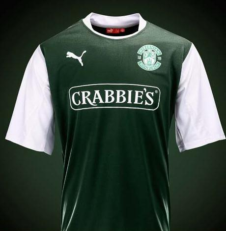 Hibs Bottle Green Strip 2012-13