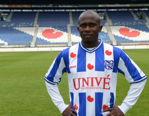 Matthew Amoah Heerenveen 2012 Kit