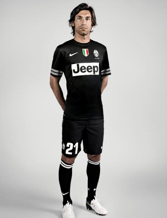 New Juventus Away Kit 12-13- Nike Black Juventus Jersey 2012-2013