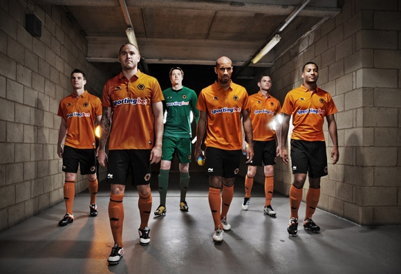 New Wolves Home Kit 2013