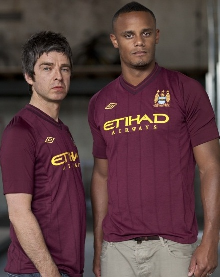 Noel Gallagher Man City Strip 2013