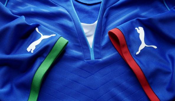 Italy Confed Cup Shirt Closeup