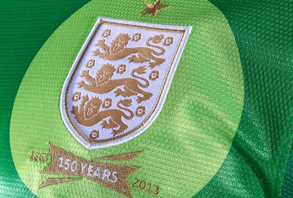 England GK Kit 2013 Joe Hart Golden