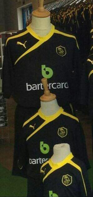 Sheffield Wednesday Away Kit 13 14