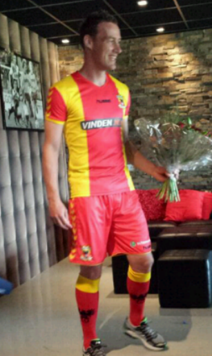 Vinden Go Ahead Eagles Kit 13 14