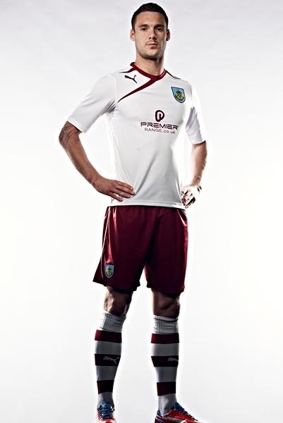 New Burnley Away Kit 13 14