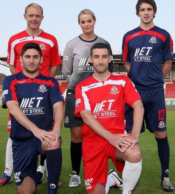 Uhlsport Portadown Kit 2013 14