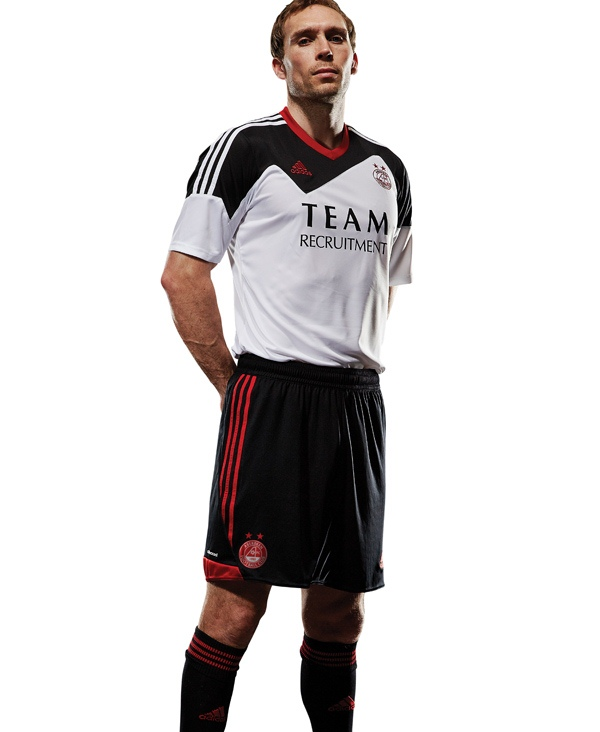 New Aberdeen Away Strip 2013 14