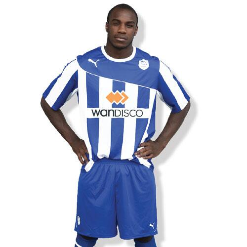 New SWFC Home Kit 2013 14