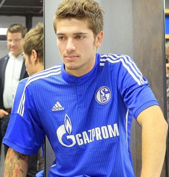 Roman Neustadter Schalke 04 Shirt
