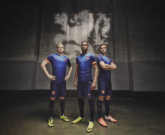 Blue Holland Away Kit 2014