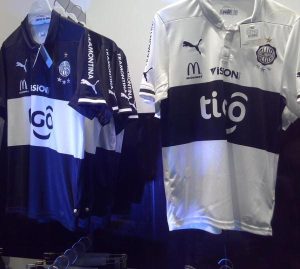 Olimpia Football Kit 2015