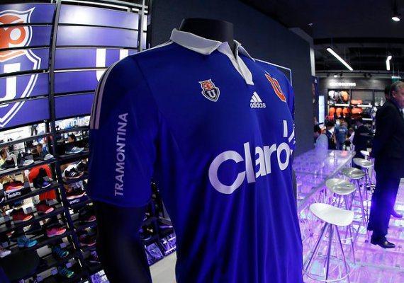 Universidad Chile Football Shirt 2015