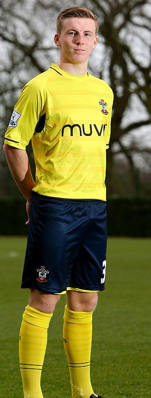 Yellow Southampton Kit 2015- New Saints Third Shirt 14/15 vs Newcastle