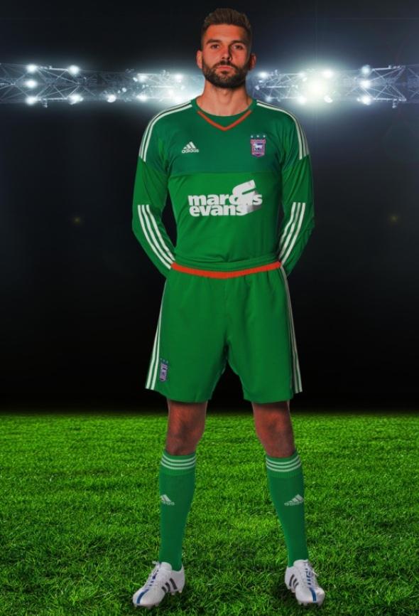 Ipswich Goalkeeper Kit 15 16
