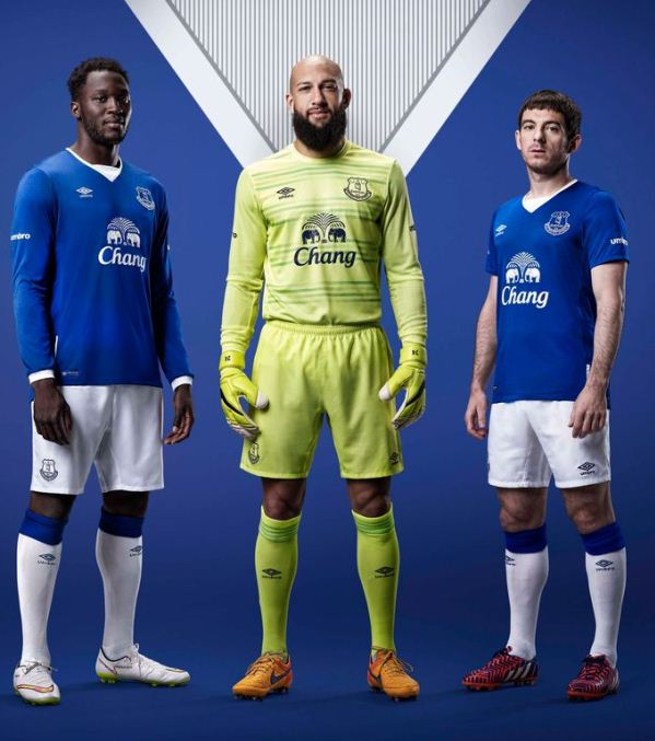 Premier League 17 Matchday Round Season 2018 2019: New Everton Umbro Kit 15-16- Everton Home Jersey 2015-2016