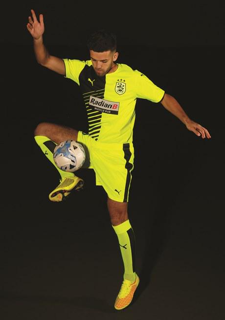 Huddersfield Town Away Shirt 15 16