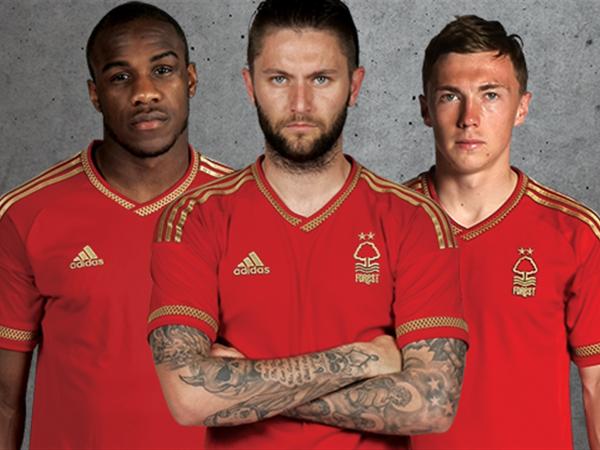 Nottingham Forest Home Kit 15 16