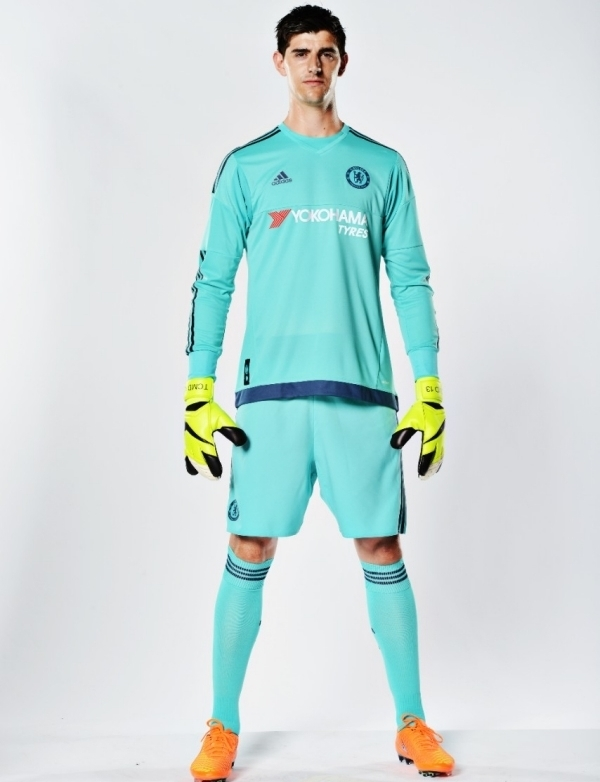 Chelsea Goalkeeper Kit 2015 2016