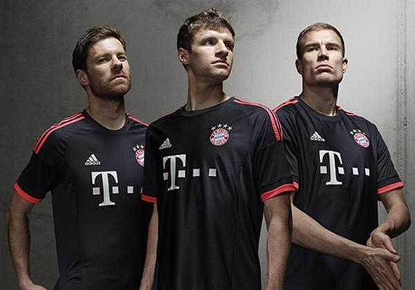 Bayern Third Kit 15 16