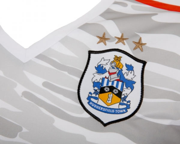 New Huddersfield Town Third Kit 15-16 Puma HTAFC Camouflage Shirt 2015-2016
