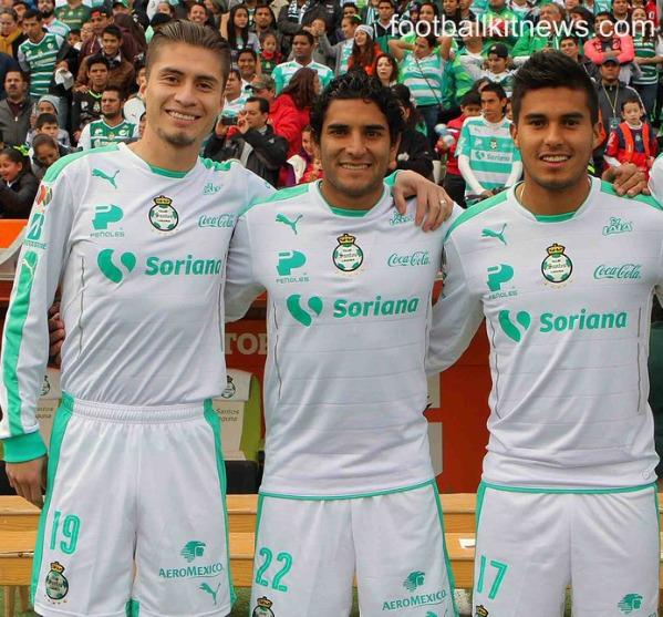 Club Santos Laguna Tercer Jersey 2016