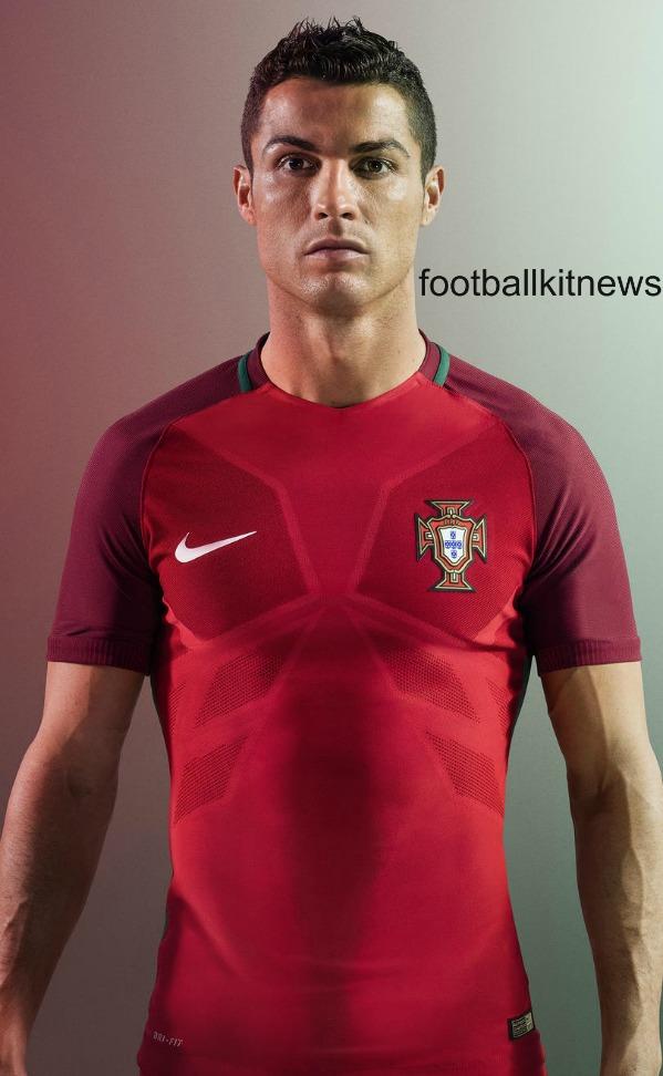 Ronaldo Portugal Home Shirt 2016 17