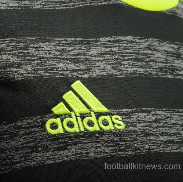 Chelsea Away Shirt 2016 17 Closeup