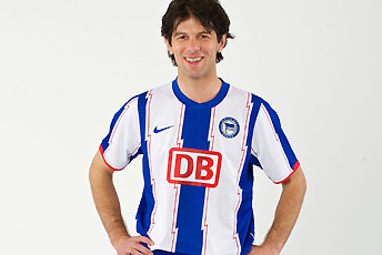 2010 Hertha Berlin Shirt Nike