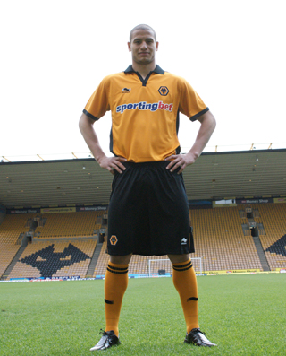 Wolves Home Kit Burrda