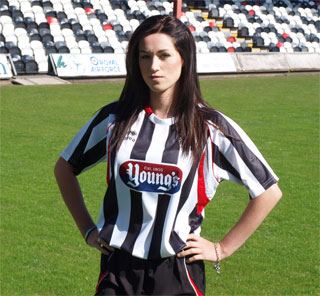Grimsby Town 10-11 Shirt