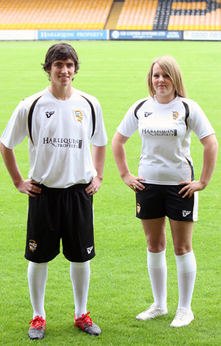 New Port Vale Kit 10-11