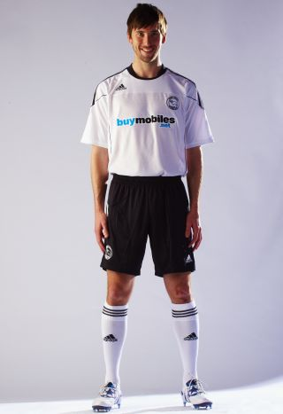 New Derby County Kit 10-11