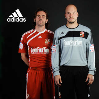 Swindon Town Home Kit 10-11