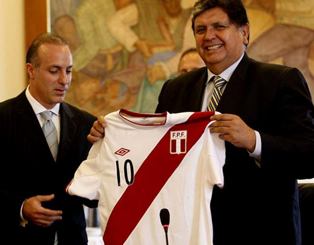 New Umbro Peru Jersey 2011