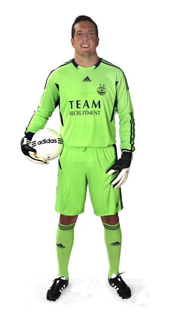 Adidas Aberdeen Goalkeeper Kit 2011-2012